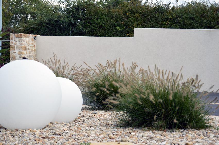 Eclairage d 39 ambiance paysagiste cholet paysage du val for Entretien jardin cholet