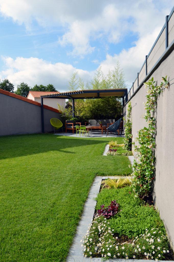 jardin-grimpante-repos-patio-cholet